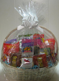 Maui Gift Basket, Ali'i Basket with savory and sweet munchies