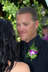 Groom's orchid boutonniere at his Maui Wedding