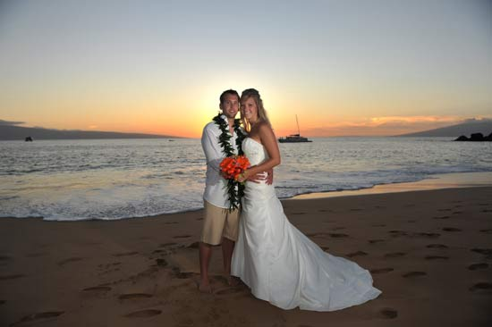 Maui Sunset Wedding Couple with Bouquet and Lei